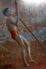 Kushti Wrestling (grab a shot) Tags: canon eos 5dmarkiv india maharashtra mumbai 2018 indoor akhara gym kushti wrestling wrestle wrestler sand male men sport rope
