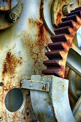 KranHDR (r.wacknitz) Tags: rost metall vintage vorharz vienenburg farbe zahnrad