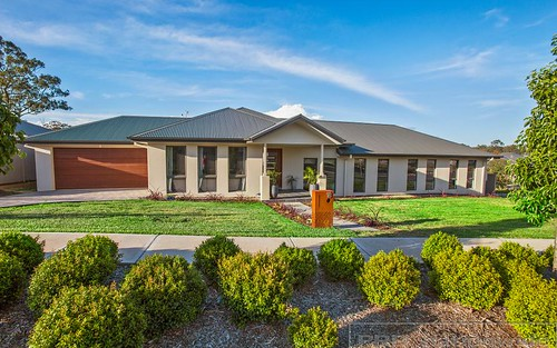 18 Dunnett Av, North Rothbury NSW