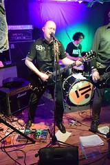 DSC_0100 (richardclarkephotos) Tags: tim bish joey luca © richard clarke photos derellas three horseshoes bradford avon wiltshire uk lone sharks guitar bass drums guitarist drummer bassist band bands live music punk
