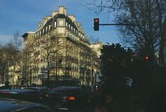 Paris - Expired Kodak Gold (D   S) Tags: canon a1 fd fdn 50mm 5014 analog film expired kodak gold paris france europe