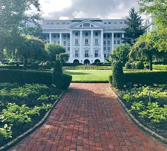 The Greenbrier Resort (marthakrueges) Tags: greenbrier resort west viginia white sulpher springs americas historic american history architecture america ushistory