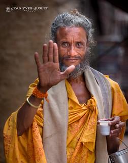 Bénédiction, Sâdhu à Chitrakoot (Inde) - Blessing, Sadhu in Chitrakoot (India)