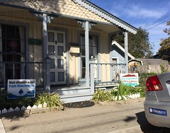 Obama '08 (tmvissers) Tags: 08 obama sticker bumper porch front cottage peninsula county monterey california pacificgrove