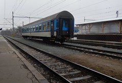 Making tracks (yon_willis) Tags: plzeň českárepublika plzeňhlavnínádraží českédráhy pilsen pilsenrailwaystation czechrepublic 2014 czechrailways track railwaystation platform publictransport europe