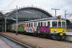 PR EN57-1038 - Wrocław Główny (Neil Pulling) Tags: wrocławgłówny wroclaw silesia pkp polishrailways station lowersilesia transport publictransport śląsk train poland en57 en571038