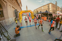 XI Maratón de Zaragoza 2017 (Juanedc) Tags: 8mm españa europa europe plazadelpilar saragossa spain zaragoza aragon carrera city ciudad corredores deporte fisheye maraton ojodepez race runners running sport aragón es