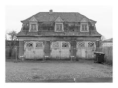 Das Ruhrgebiet (sw188) Tags: deutschland nrw ruhrgebiet unna westfalen sw stadtlandschaft street bw blackandwhite