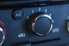 Renault Kwid (Alvimann) Tags: alvimann renaultkwid renault kwid suv small pequeño model car auto automobil automovil drive driving dashboard tablero new nuevo france francia french frances design diseño transport transportation transporte transportarse industrial montevideouruguay montevideo fotografia producto fotografiadeproducto productphotography product photography marca marketing brand branding
