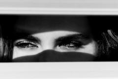 Occhi (mariateresa toledo) Tags: occhi eyes sguardo look donna woman biancoenero blackwhite sonynex7 planart1485 mariateresatoledo dsc09888
