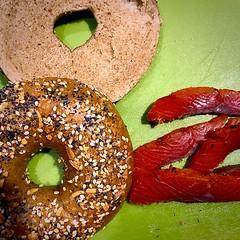 Bagel & Lox (#KPbIM) Tags: winter 2018 january salmon kosher green lox wheat bread bagel fish food
