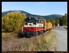 stma-st maries-id-10-9-2017c (funnelfan) Tags: train railroad railway shortline locomotive pnw pacificnorthwest idaho maries sw1200 fall centerbeam