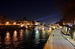 Pont Notre-Dame - Paris (Saf') Tags: pont notredame paris france seine quai de gesvres île la cité corse îledefrance