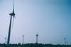 DSC02604 (ikuin) Tags: 2018生活紀錄 sonya7r sony a7r sonyilcea7r ilcea7r fullframe ff emount carlzeissdistagontfe35mmf14za sel35f14z fe35mmf14 carlzeiss zeiss t distagon 35mm f14 365 風車 windturbines emily 觀音 桃園 taoyuan
