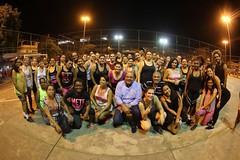Reunir com o grupo que está praticando Zumba, na Praça H, bairro de Benfica, no Rio de Janeiro.  Meus parabéns para a professora Cintia Kelles e a coordenadora Ana Tanajura por todo carinho e compromisso com os alunos do nosso projeto.  Se exercitar é fun