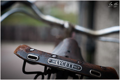 Lycett Leather (roverguybm) Tags: bike saddle lycett vintagebike oldleather coatbridge summerlee scotland takumar asahi pentax canon5d uk