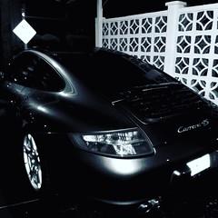 "Happy #MonoMonday ~ ""No Outlet."" (Michel Curi) Tags: blackandwhite monomonday bw monochrome porsche automotive carrera vehicles 4s signs reflections autos automobiles carros vehículos"