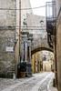 Erice (fede_gen88) Tags: sicilia sicily italia italy erice old town street sett setts pavè arch columns