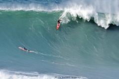 JOAO DE MACEDO / 1576LFR (Rafael González de Riancho (Lunada) / Rafa Rianch) Tags: paddle remada surf waves surfing olas sport deportes sea mer mar nazaré vagues ondas portugal playa beach 海の沿岸をサーフィンスポーツ 自然 海 ポルトガル heʻe nalu palena moana haʻuki kai olahraga laut pantai costa coast storm temporal