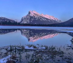 Vermillion Lakes Banff April 2018 (Mountain lakes dreaming) Tags: suset blue pink canadianwinter banffnationalpark banff vermillionlakesapril vermillionlakes