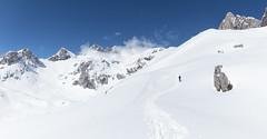 Picos de Europa (Pablo Mazorra) Tags: picosdeeuropa cabañaveronica cantabria nieve asturias montañas primavera alpinismo raquetas