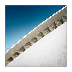 Retallada VI / Cut VI (ximo rosell) Tags: ximorosell composició color calatrava valencia arquitectura architecture abstract abstracció d750 detall nikon ciudaddelasciencias squares