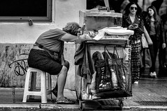 019/365 - Thessaloniki, street photography (Andreas Mamoukas Photography) Tags: thessaloniki macedonia greece street streetphotography macedoniagreece timeless μακεδονια
