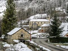 Sérac d'Ustou (Ariège) (PierreG_09) Tags: ariège pyrénées pirineos couserans guzet ustou village clocher église chapelle neige alet coursdeau ruisseau rivière séracdustou notredamedelassomption