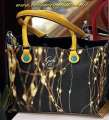 Gabs di Franco Gabbrielli da Barbara's pelletterie (Barbaraspelletterie) Tags: wwwbarbaraspelletterie wwwbarbaraspelletterieit wwwbarbaraspelletterietkpelletteriebalduinapelletterieromapelletterie wwwbarbaras gabs madeinitaly bags florence g3 fashion jimmychoo