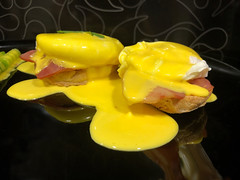 Huevos benedict. Koketo (JorgeHernandezAlonso) Tags: huevosbenedict huevosalabenedictina huevosbenedictos eggsbenedict koketo chefkoketo jorgehdezalonso