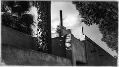 tempe 01051 (m.r. nelson) Tags: tempe arizona america southwest usa mrnelson marknelson markinaz streetphotography urban blackwhite bw monochrome blackandwhite newtopographic urbanlandscape artphotography
