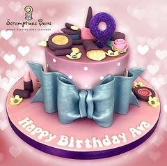 MakeUp Cake (Scrumptious Buns (Samantha)) Tags: wpkidscakes makeupcake makeup girlie girls birthday cake 9thbirthdaycake largebow scrumptiousbuns celebrationcakes norwich norfolk wroxham