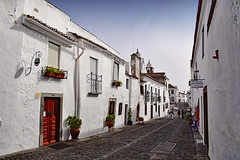 Street in Monsaraz (Jocelyn777) Tags: streets cobblestones villages whitevillages towns historictowns monsaraz alentejo portugal travel