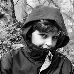 J-13 (laurent.smet) Tags: enfants portrait portraitsenextérieur pâques portraiture noirblanc blackwhite children laurentsmetphotographies