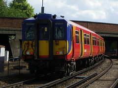 455855 (Rob390029) Tags: 455855 5855 swt south west trains class 455 train track tracks rail rails travel travelling transport transportation transit public emu electric multiple unit clapham junction railway station clj london red colour colours colourful