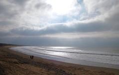 """Lumière d'hiver ! """"Vendée - France""""   -   Winter light! (josianelavielle) Tags: plage océan ciel nuages vagues personnes reflet lumière paysage"""