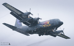 VIY   Armée de l'Air Lockheed C-130H Hercules (Timothée Savouré) Tags: lockheed c130 c130h hercules armée de lair french air force 61pm vélizy villacoublay lfpv snow snowy