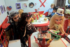 Paprihaven 1327 (MayorPaprika) Tags: 16 custom diorama toy story paprihaven action figure set canoneos50d bratz mga cloe dylan jade diner 50s boopsscoops fashionistas ken barbie mattel liv doll daniela