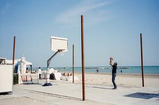 Man playing basket / Taken with Leica M6 on Kodak Portra 400