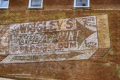 Wrigley's Spearmint Gum (Photographybyjw) Tags: wrigleys spearmint gum very old brand chewing this ghost sign found north carolina photographybyjw red brick rustic street small town rural country usa