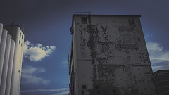 tempe 01058 (m.r. nelson) Tags: tempe arizona america southwest usa mrnelson marknelson markinaz streetphotography urban color coloristpotographynewtopographic urbanlandscape artphotography
