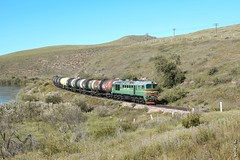 M62UM-014 .... (N.Batkhurel) Tags: locomotive selenge season summer trains trainspotting tankcar diesellocomotive railway railfan ubtz 1520 ngc nikon canon550d canon