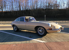 E-Type FHC Honey Beige / Series 1  4.2 Liter / 1968 (swissclassiccar) Tags: jaguar jaguarheritage xke etype honeybeige jaguarclassic classicsportscar classiccar cardesign dreamcar british britishcar fhc