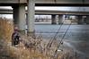 A la espera (chelocatala) Tags: pescador rio pesca puente valencia pinedo