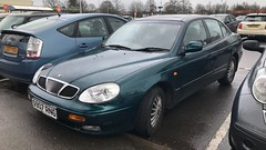 Daewoo Leganza CDX (Sam Tait) Tags: odd greed marketharborough car rare retro automatic auto 1998 20 cdx leganza daewoo