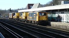 De-Icing Train at Redhill, Surrey. (ManOfYorkshire) Tags: 73109 boroughofeastleigh 73107 tracy gbrf railfreight deicing train railway station redhill surrey gb uk england class73 electrodiesel platform