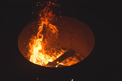IMG_3956 (detspek_sam) Tags: fire flame canon 6d warm night embers