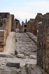 Excavations of Pompeii 17 (Henk Bekker) Tags: campania excavations italy naples pompeii