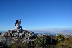 table mountain le cap _5851 (ichauvel) Tags: femme woman paysage landscape vue view panorama tablemountain lamontagnedelatable lecap capetown rochers rocks afriquedusud southafrica afrique africa beautédelanature beautyofnature assise sitting voyage travel getty