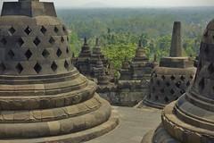 """INDONESIEN,Java, Borobudur - buddhistische Tempelanlage, 17248/9761 (roba66) Tags: perforiertestupa stupa reisen travel explorevoyages urlaub visit roba66 asien südostasien asia eartasia """"southeastasia"""" indonesien indonesia """"republikindonesien"""" """"republicofindonesia"""" indonesiearchipelago inselstaat java borobodur barabudur tempelanlage tempel temple yogyakarta """"mahayanabuddhismus""""""""buddhisttemple"""" buddharelief statue bauwerk building architektur architecture arquitetura urban kulturdenkmal monument fassade façadeplatz places historie history historic historical geschichte"""